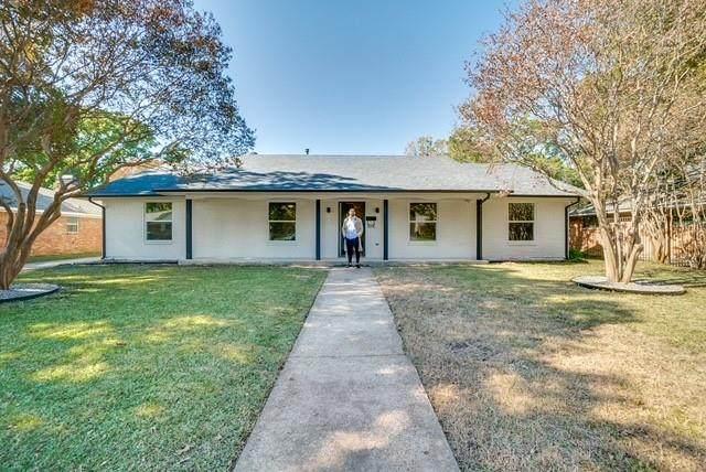 10431 Royal Club Lane, Dallas, TX 75229 (MLS #14637818) :: Premier Properties Group
