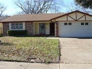 1825 Keathley Drive, Irving, TX 75060 (MLS #14638006) :: NewHomePrograms.com