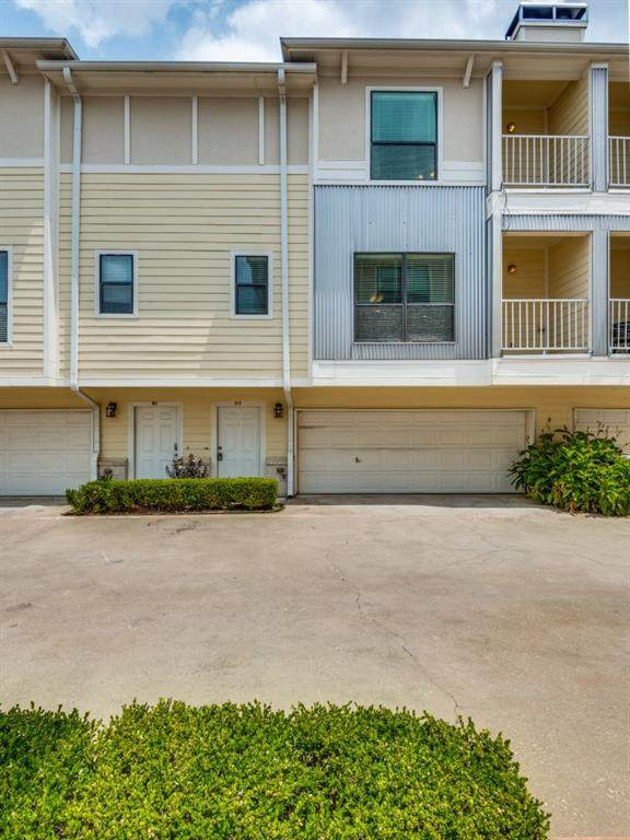 2407 Stutz Drive B2, Dallas, TX 75235 (MLS #14638288) :: Real Estate By Design