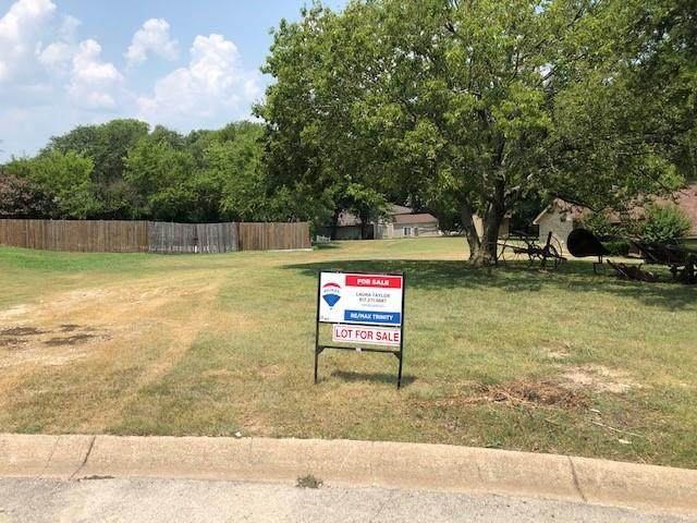 8509 Treetop Court, Fort Worth, TX 76179 (MLS #14638621) :: The Barrientos Group