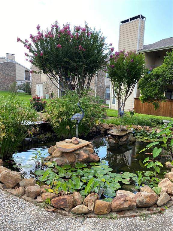 4748 Old Bent Tree Lane #703, Dallas, TX 75287 (MLS #14638633) :: The Mauelshagen Group