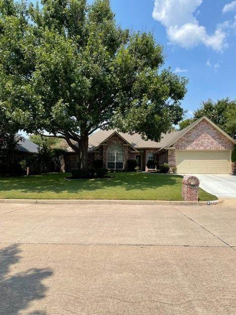 8110 Meadowside Drive, Benbrook, TX 76116 (MLS #14638736) :: EXIT Realty Elite