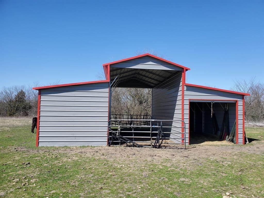 5798 County Road 593 - Photo 1