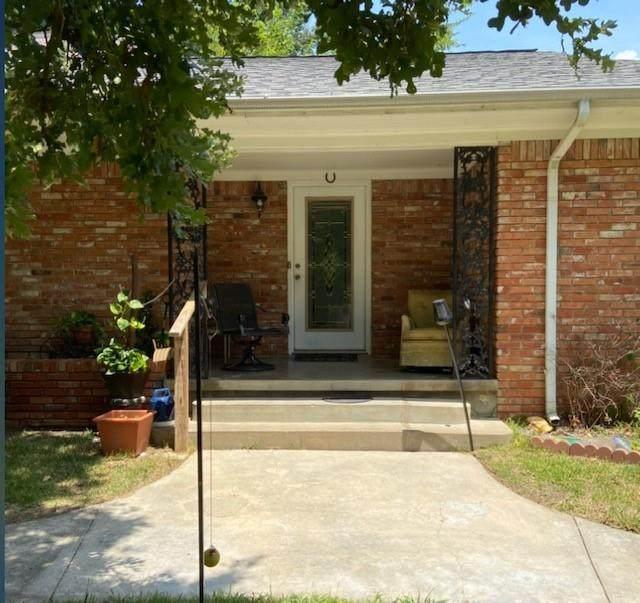 300 W College Avenue, Alvarado, TX 76009 (MLS #14639183) :: All Cities USA Realty