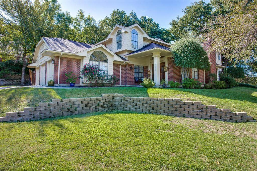 1200 Hickory Valley Court - Photo 1