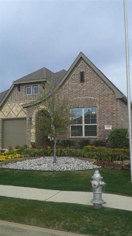 1501 Wickham Drive, Burleson, TX 76028 (MLS #14641146) :: All Cities USA Realty