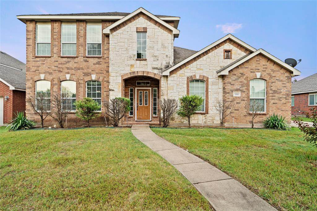 1506 Forest Creek Drive - Photo 1
