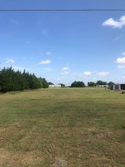 345 Crowell Lane, Royse City, TX 75189 (MLS #14644301) :: Real Estate By Design