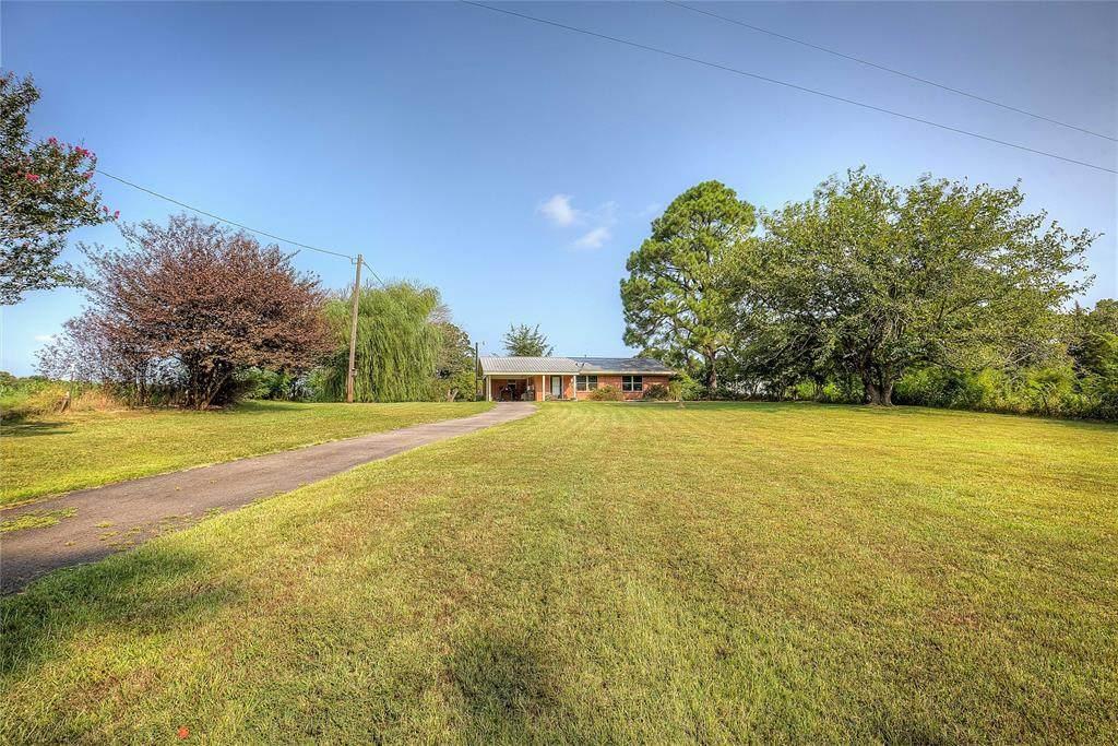 15592 Farm Road 197 - Photo 1