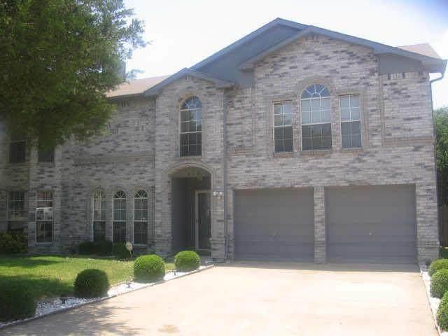 917 Shady Brook Lane, Cedar Hill, TX 75104 (MLS #14647618) :: Real Estate By Design