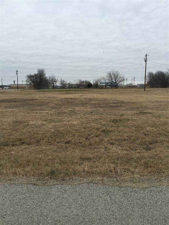 110 Sawyers Drive, Quinlan, TX 75474 (#14649187) :: Homes By Lainie Real Estate Group