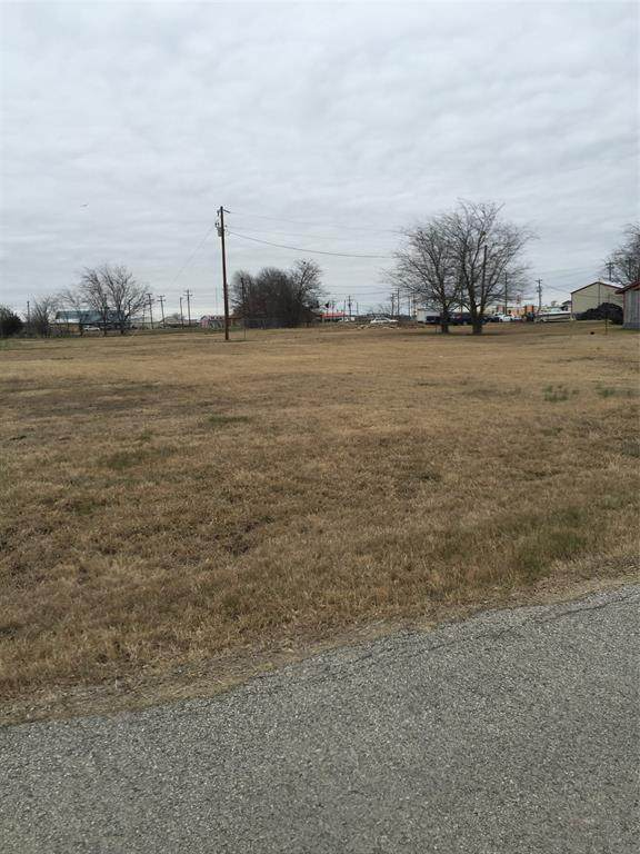 108 Sawyers Drive, Quinlan, TX 75474 (#14649190) :: Homes By Lainie Real Estate Group
