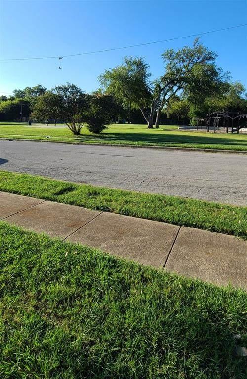 1412 E Harvey Avenue, Fort Worth, TX 76104 (MLS #14655819) :: Robbins Real Estate Group