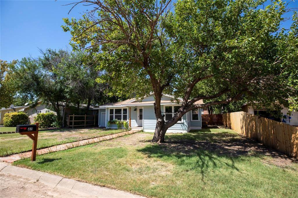 611 Dodson Drive - Photo 1