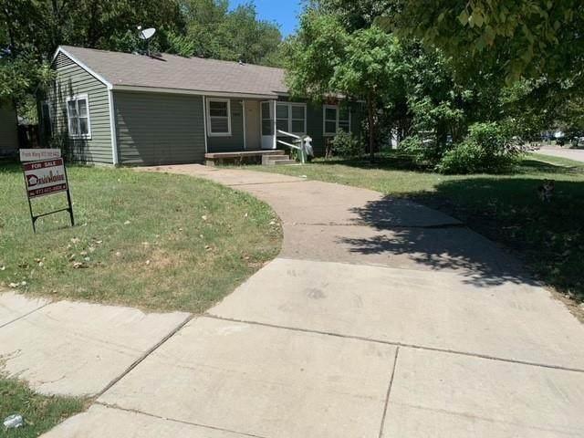 1400 Wynn Terrace, Arlington, TX 76010 (MLS #14658628) :: Russell Realty Group