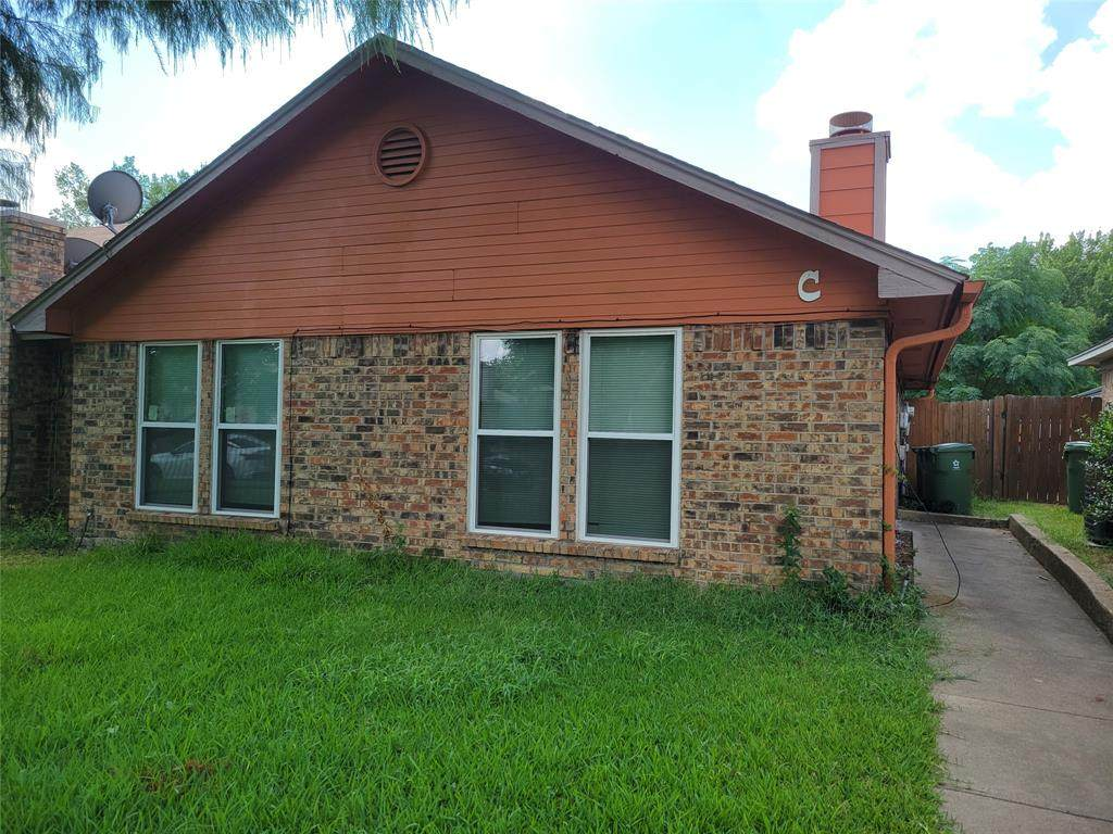 604 Lost Springs Court - Photo 1