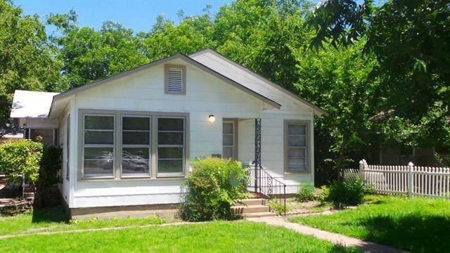 212 W 4th Street, Weatherford, TX 76086 (MLS #14659709) :: Trinity Premier Properties