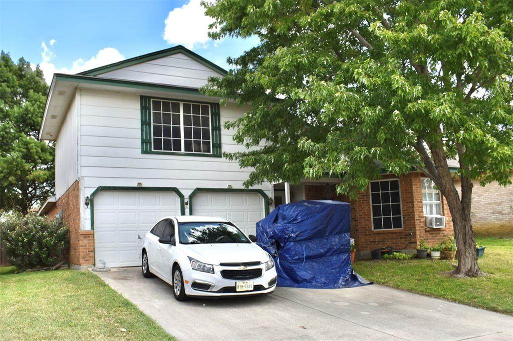 609 Hollyberry Drive - Photo 1