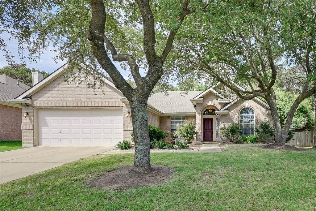 2404 Forest Park Circle - Photo 1