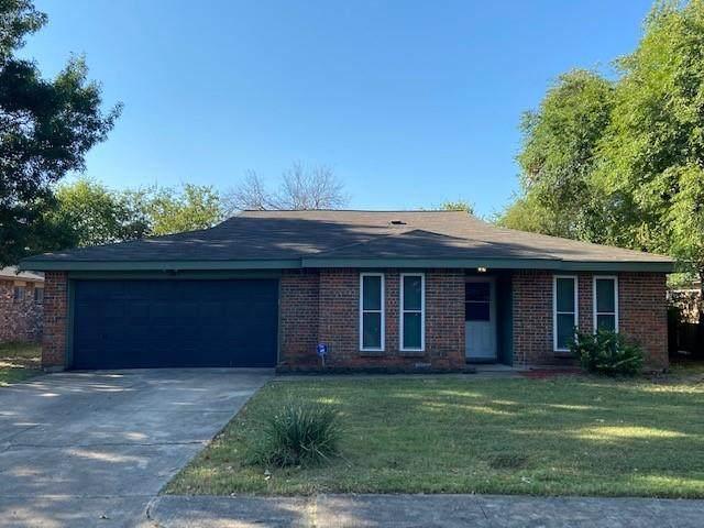 817 Frances Drive, Grand Prairie, TX 75052 (MLS #14660593) :: Real Estate By Design