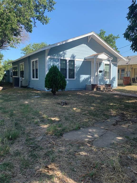 1003 Avenue H, Brownwood, TX 76801 (MLS #14662104) :: The Rhodes Team