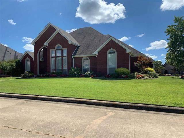 3310 Abby Lane, Paris, TX 75462 (MLS #14664394) :: Real Estate By Design
