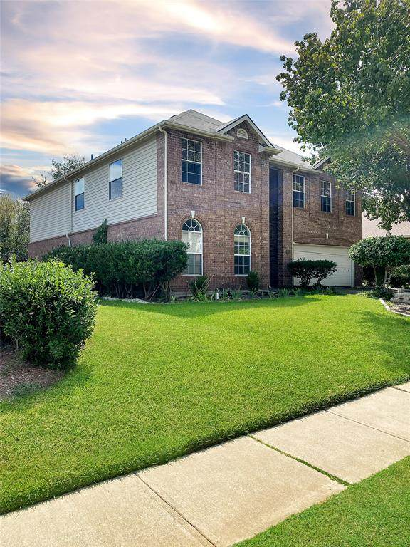 3909 Hawkins Drive, Mckinney, TX 75072 (MLS #14665279) :: VIVO Realty