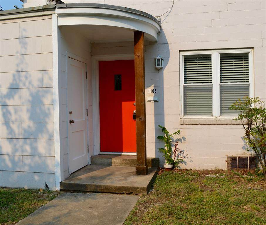1105 Austin Street - Photo 1