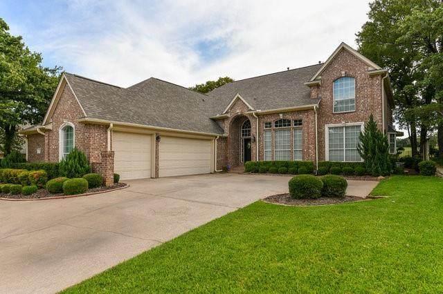 417 Royal Colonnade, Arlington, TX 76011 (MLS #14666935) :: Real Estate By Design