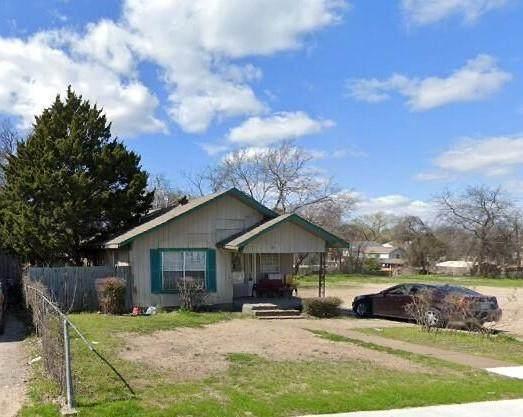 2731 Michigan Avenue, Dallas, TX 75216 (MLS #14666985) :: Trinity Premier Properties