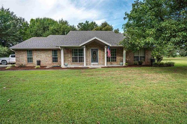 102 Doe Run, Powderly, TX 75473 (MLS #14668597) :: Front Real Estate Co.