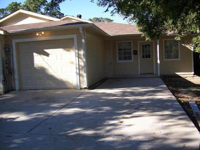 12111 Quail Drive, Balch Springs, TX 75180 (MLS #14668658) :: Front Real Estate Co.