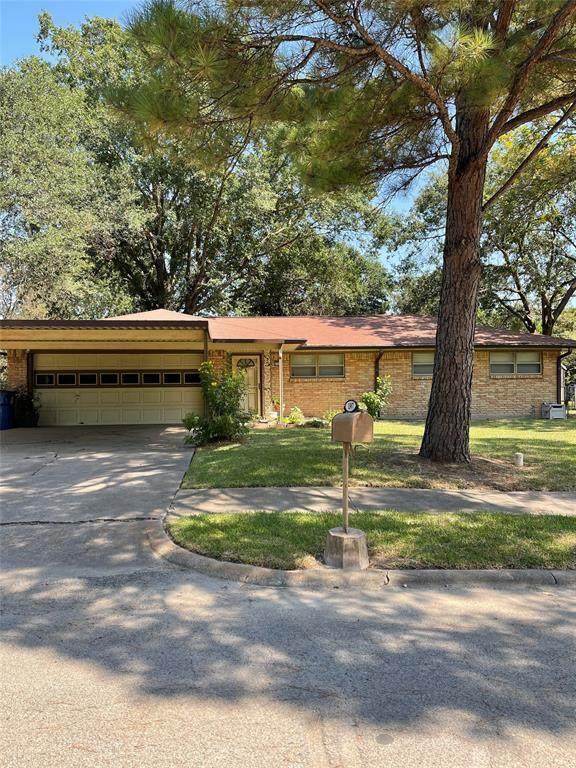 1307 Royal Drive, Kaufman, TX 75142 (MLS #14669154) :: Real Estate By Design