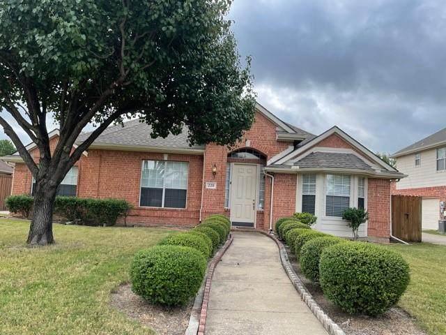 228 Briar Oak Drive, Murphy, TX 75094 (MLS #14669370) :: Real Estate By Design