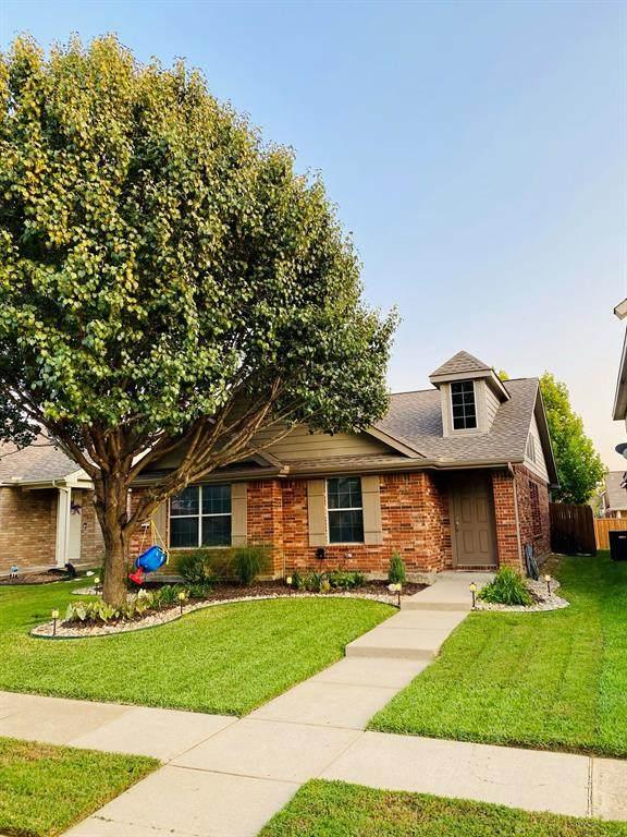 8834 Stewart Street, Cross Roads, TX 76227 (MLS #14669534) :: VIVO Realty