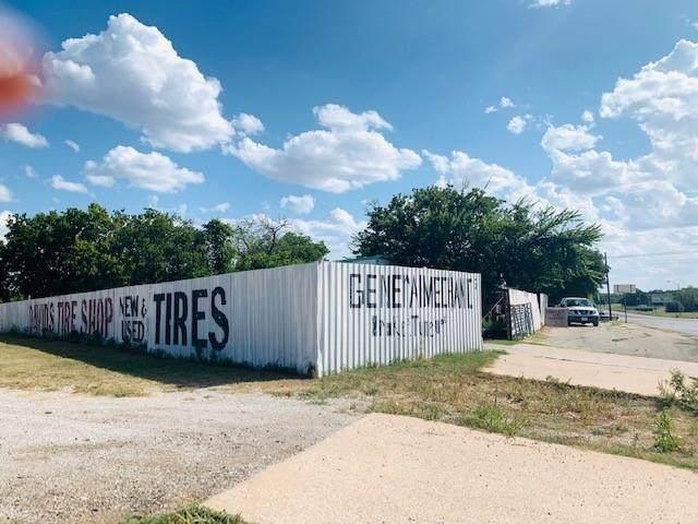 1300 W Austin Avenue, Brownwood, TX 76801 (MLS #14671331) :: EXIT Realty Elite