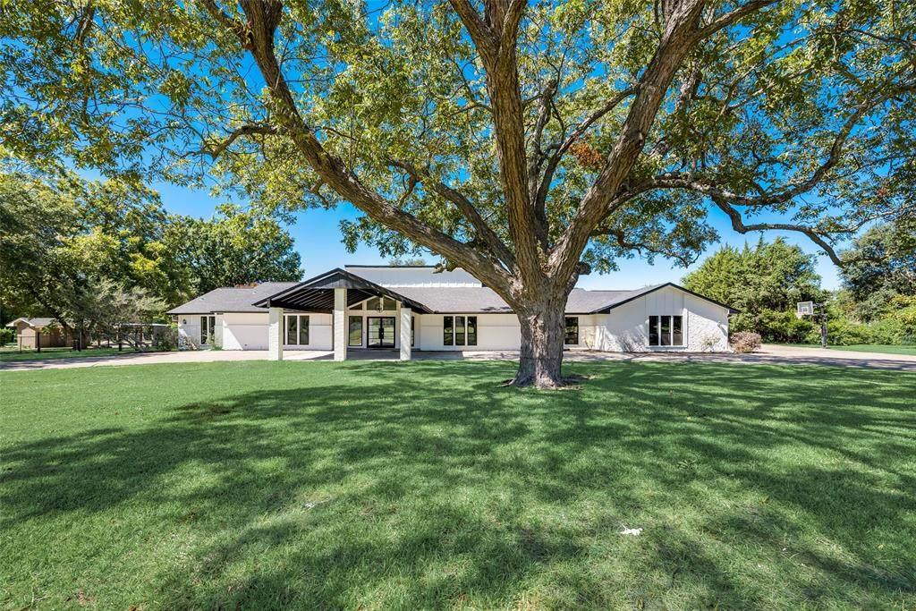625 Rosemary Drive - Photo 1