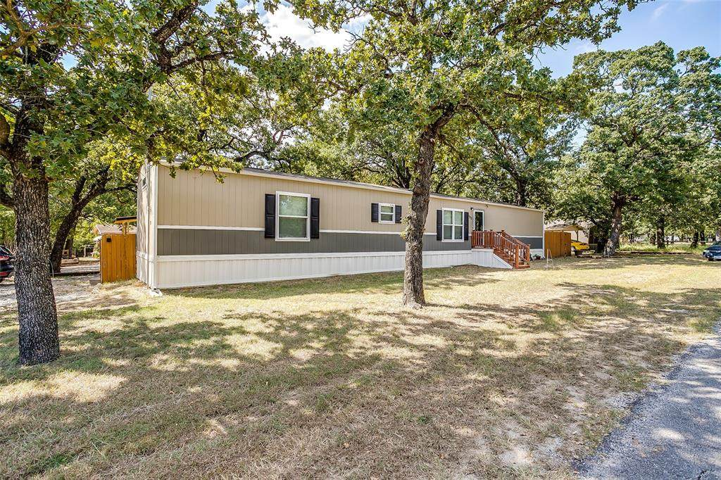 1273 Lindale - Photo 1