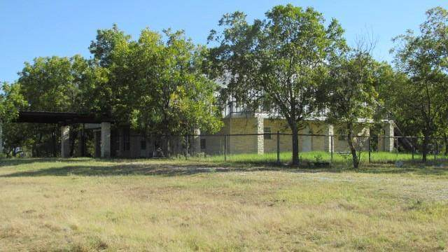 1543 County Rd 416, Comanche, TX 76442 (MLS #14671838) :: All Cities USA Realty