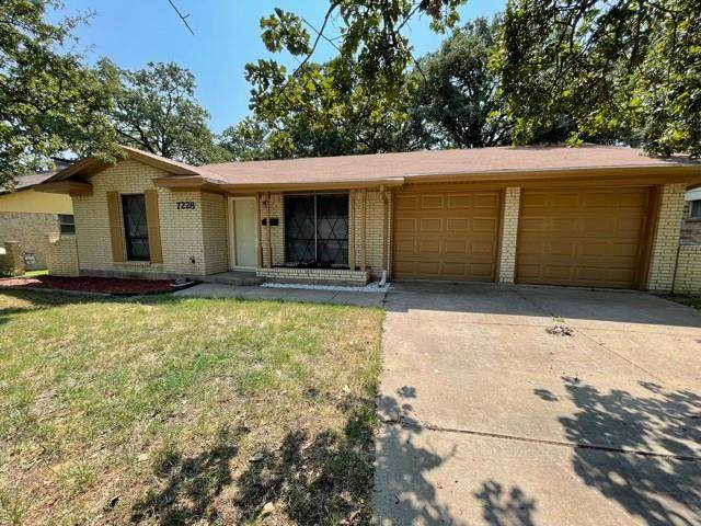 7228 Routt Street, Fort Worth, TX 76112 (MLS #14673102) :: Real Estate By Design