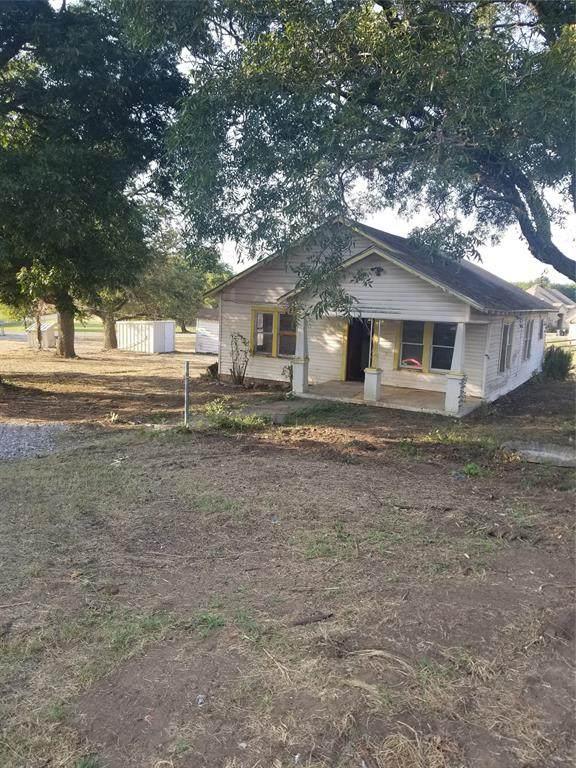 126 Wrigley Lane, Springtown, TX 76082 (MLS #14673577) :: EXIT Realty Elite