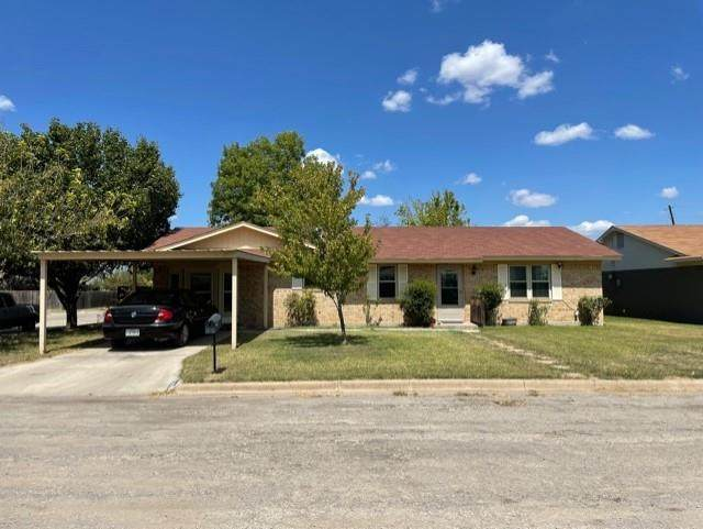 3926 Countryside Drive, Brownwood, TX 76801 (MLS #14673621) :: Frankie Arthur Real Estate