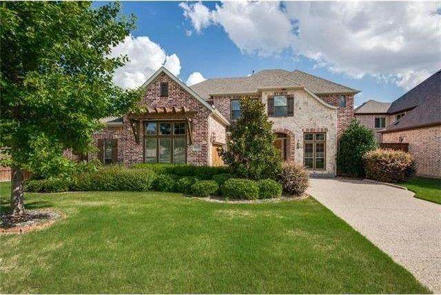 9679 Carriage Hill Lane, Frisco, TX 75035 (MLS #14673869) :: EXIT Realty Elite
