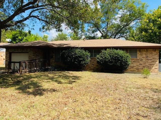 310 Stroud Street, Cleburne, TX 76033 (MLS #14673870) :: EXIT Realty Elite
