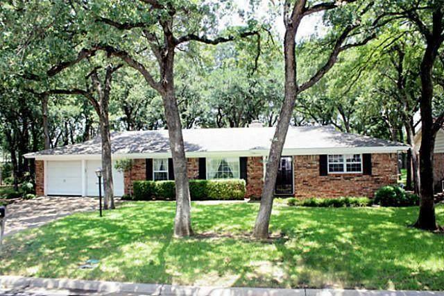 1312 Kathryn Street, Hurst, TX 76053 (MLS #14673900) :: Front Real Estate Co.