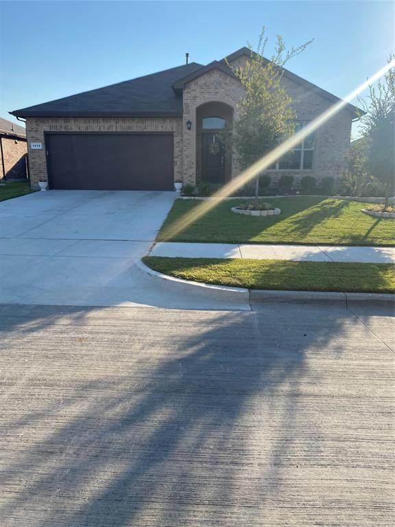 1216 Rebecca Lane, Saginaw, TX 76131 (MLS #14674076) :: Real Estate By Design