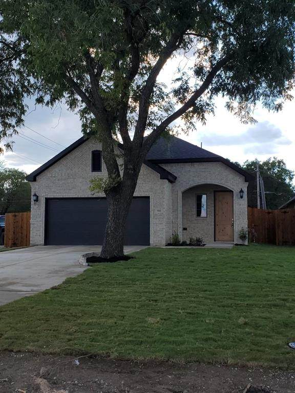 301 NW 13th, Grand Prairie, TX 75050 (MLS #14674528) :: Real Estate By Design
