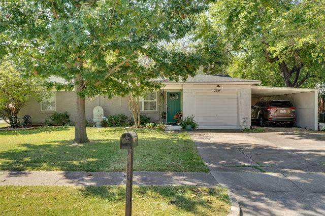 2601 Woodlawn Drive, Ennis, TX 75119 (MLS #14675583) :: The Russell-Rose Team