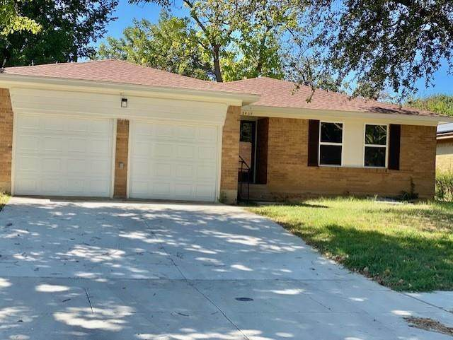 2409 Blanton Street, Dallas, TX 75227 (MLS #14675866) :: Real Estate By Design