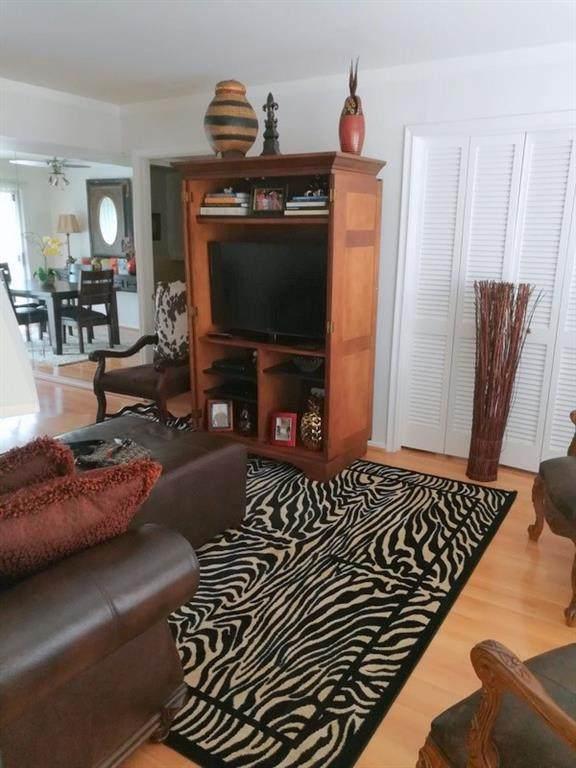 11146 Valleydale Drive - Photo 1